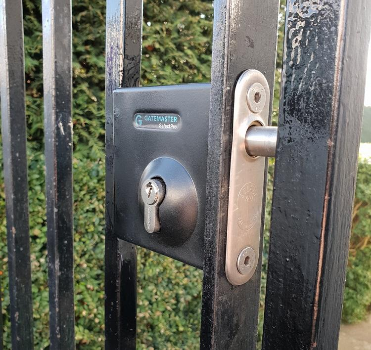 Locksmiths Cheltenham - High security gate locks fitted